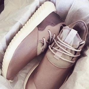 ADIDAS Tubular Entrap Womens Shoes l RRP: $200.00